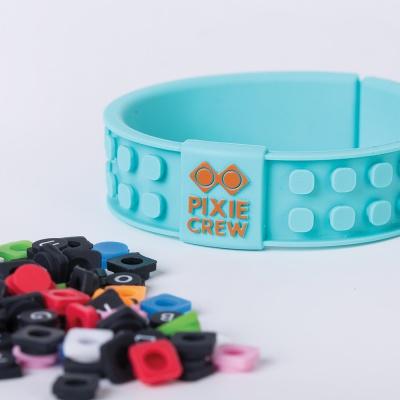 Kreatives Pixel Armband türkis - Face